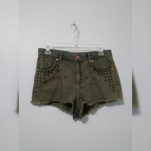 Top Shop Moto cut off jean shorts w/spike detail 6